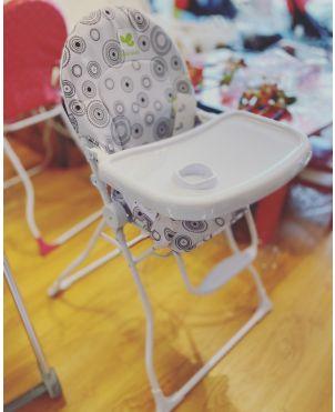 Coba Black and White Feeding Chair